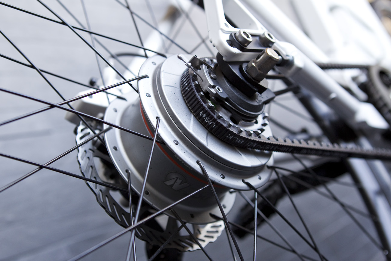 A NuVinci N360 infinitely variable planetary hub mated with the Gates Carbon Drive.
