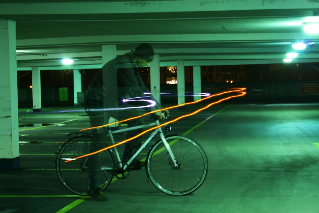 Cycling website road.cc recently took the Milk Bikes prototype Bullet fixie with Gates Carbon Drive for a test ride.