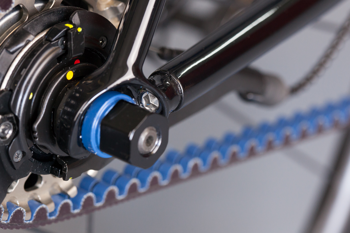 English Bubbles_seatstay tensioning
