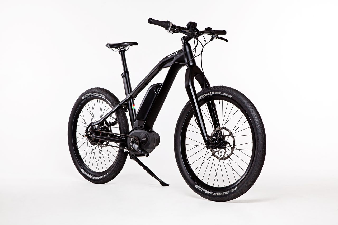 The Grace Urban MX2 integrates Carbon Drive with the industry leading Bosch Gen2 eBike motor