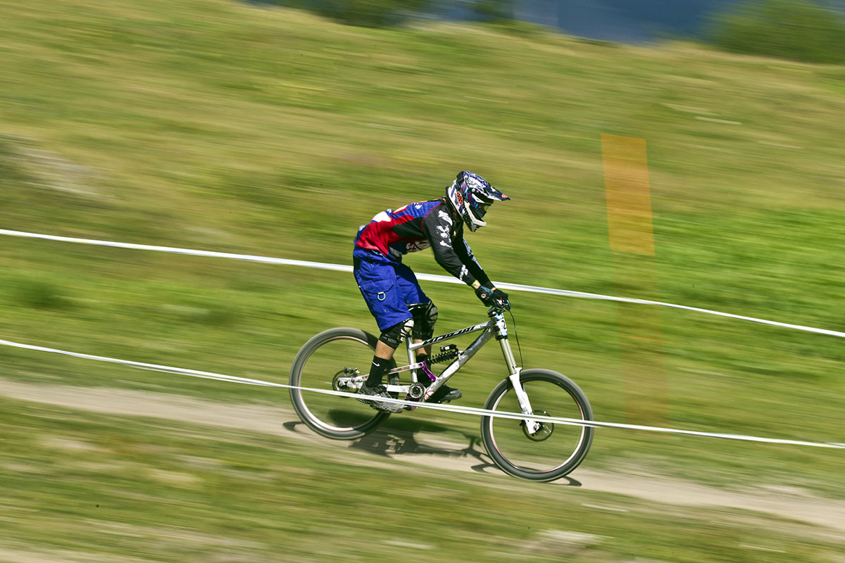 Nicolai DH bike racing1