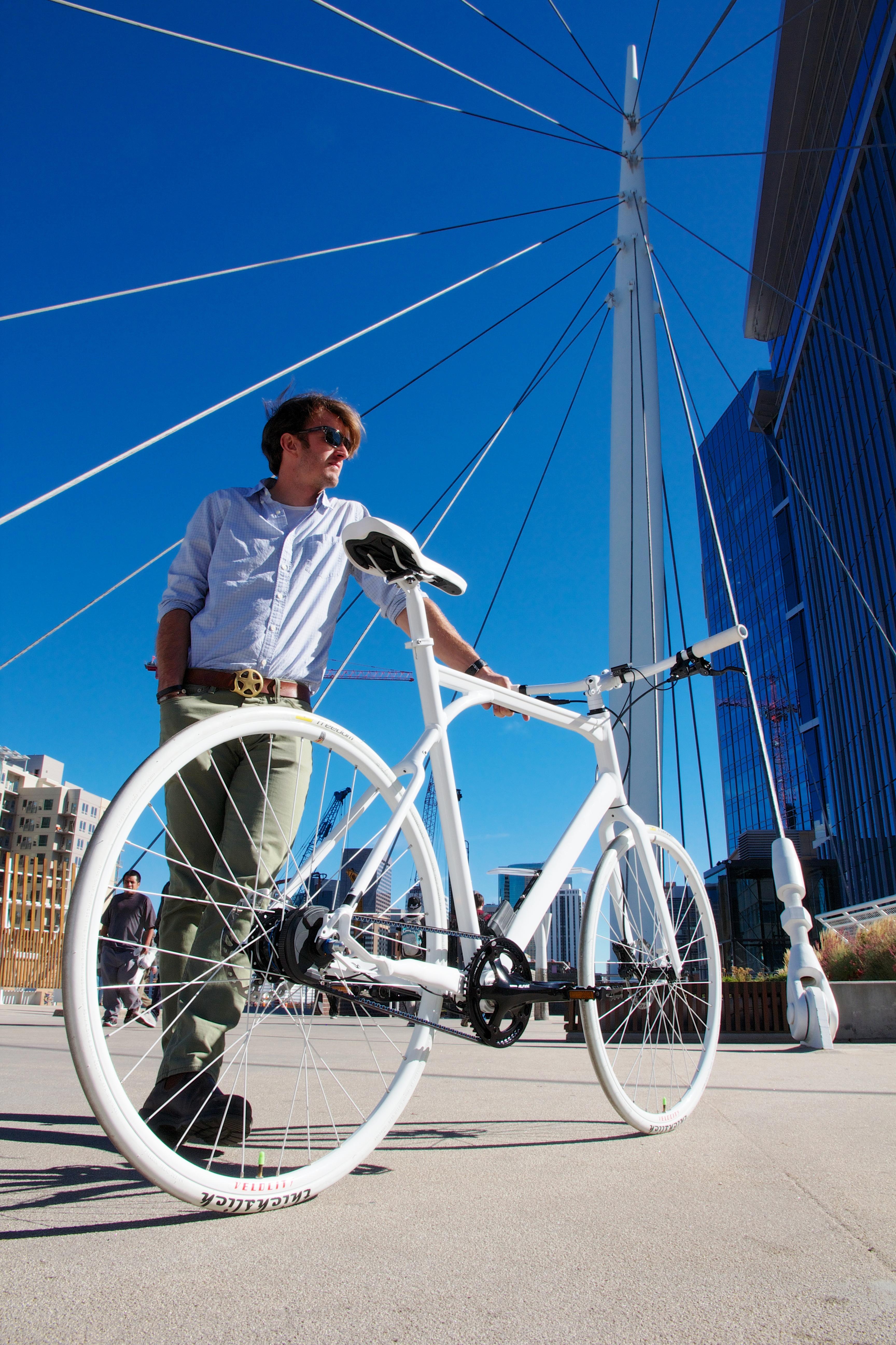 Alfine Di2 Carbon Drive bike in plaza