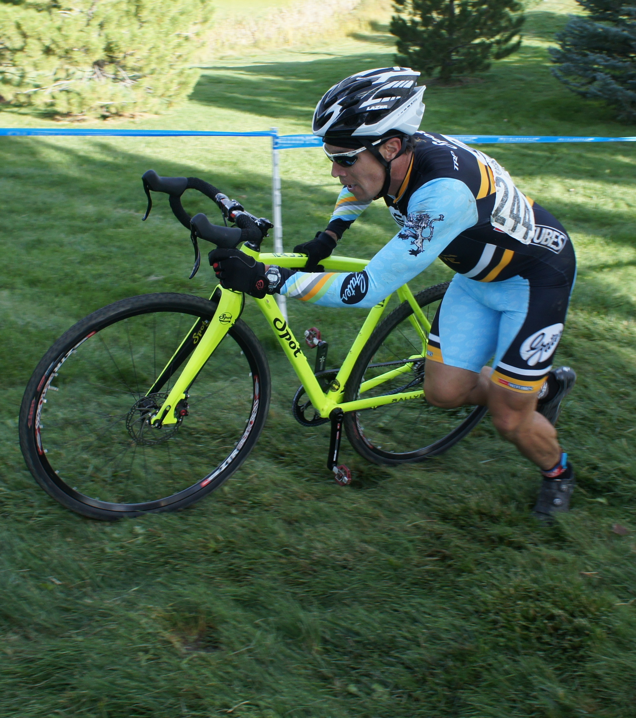 Mitch Westall alone on the brutal run-up at Flatirons Cross