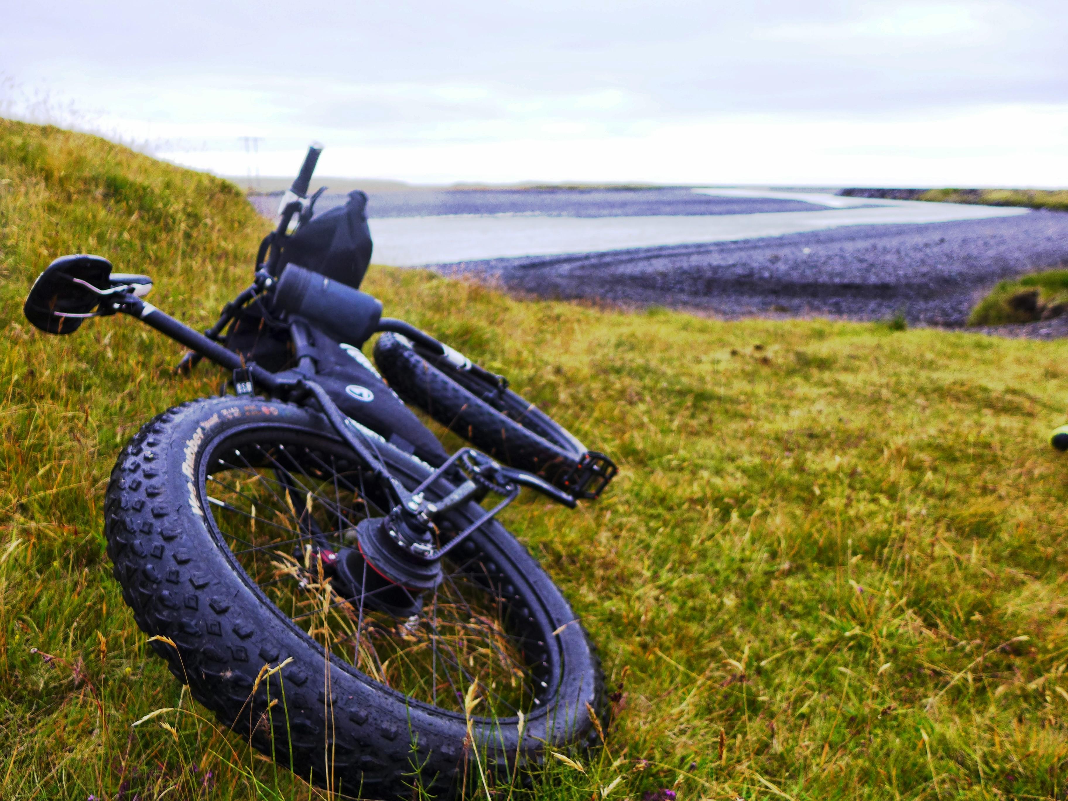 Unchained Iceland_big on ground with big wheel