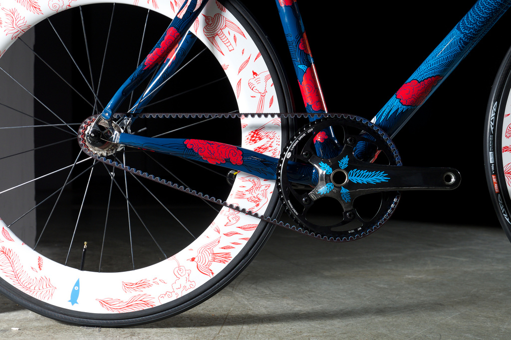 Festka bicycle drive detail Gates Carbon Drive belt system