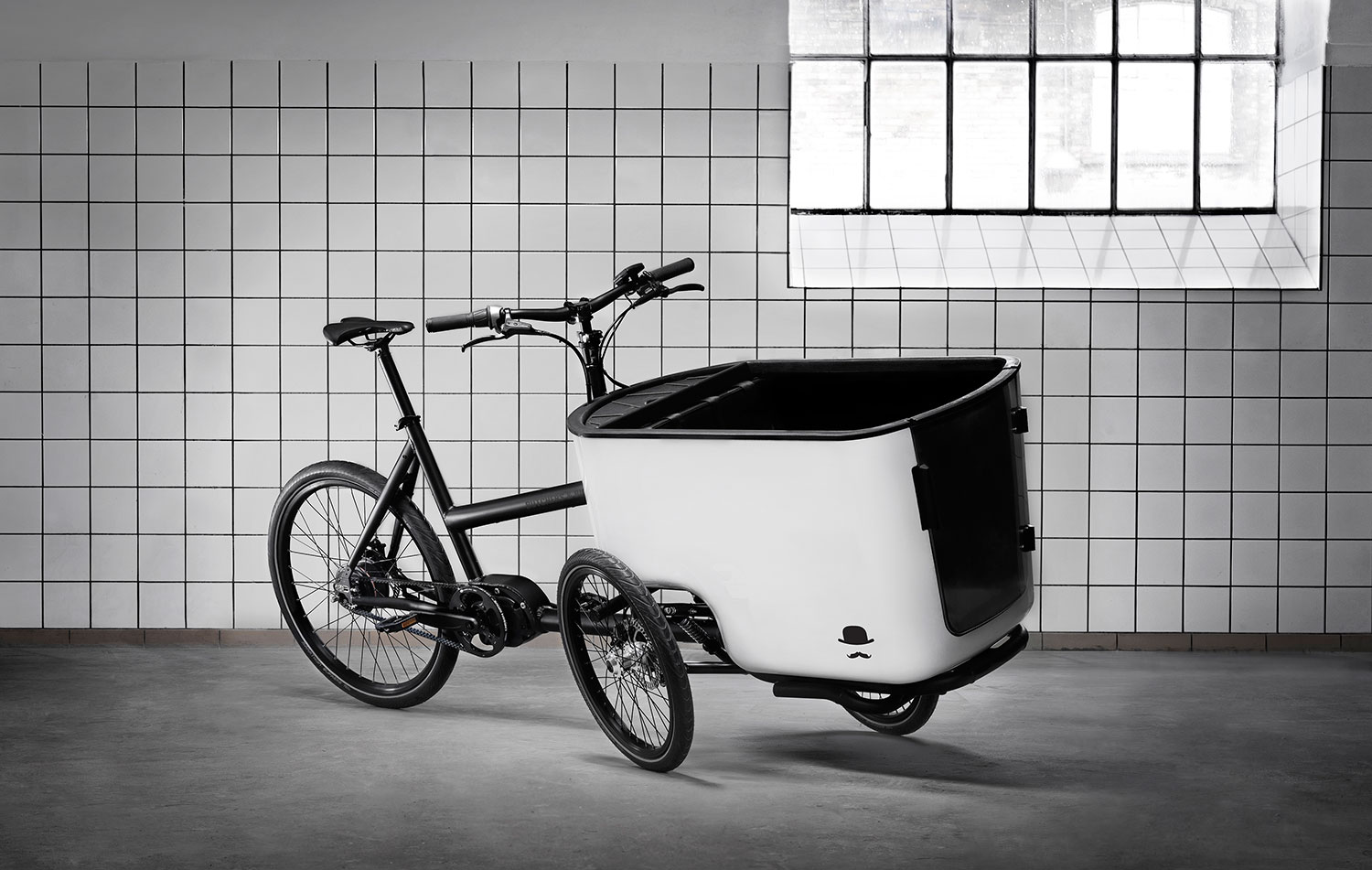 Butchers and Bicycles_tilted cargo box