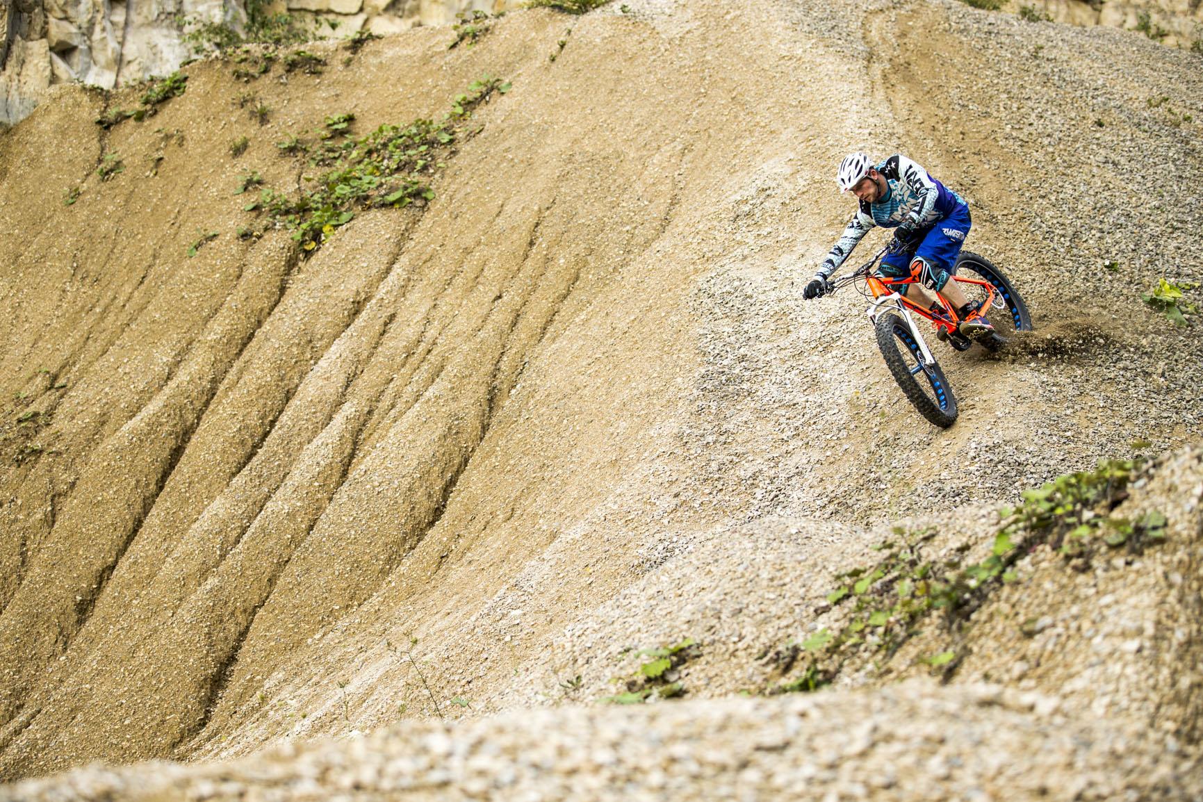 Nicolai FatBike_Schneidi_riding ridge