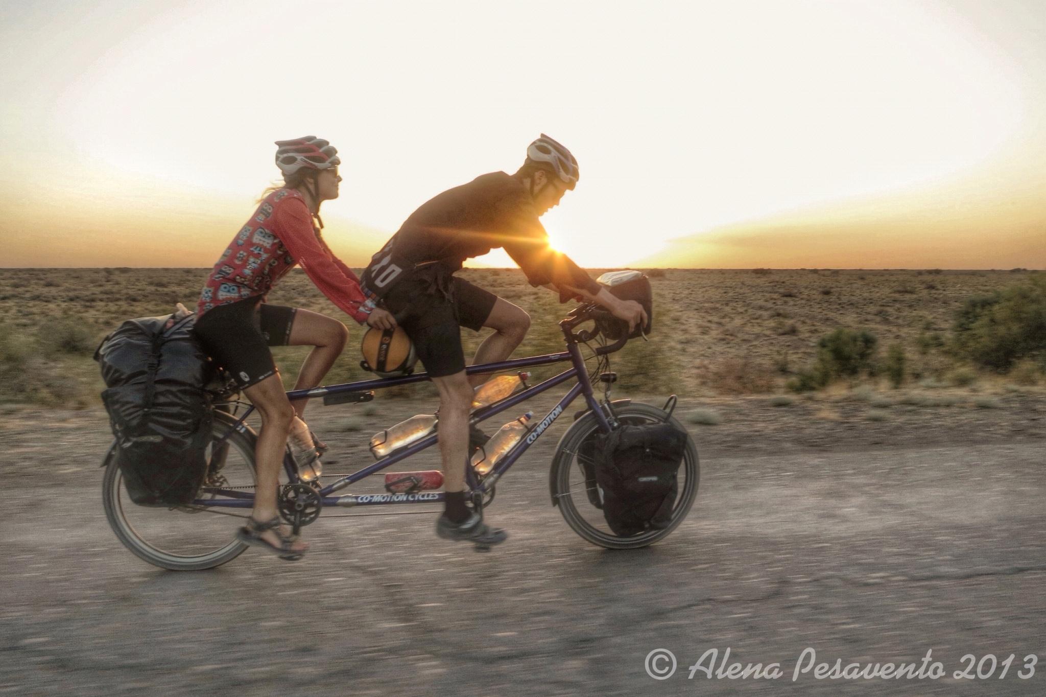 Alleykat_riding in sunset