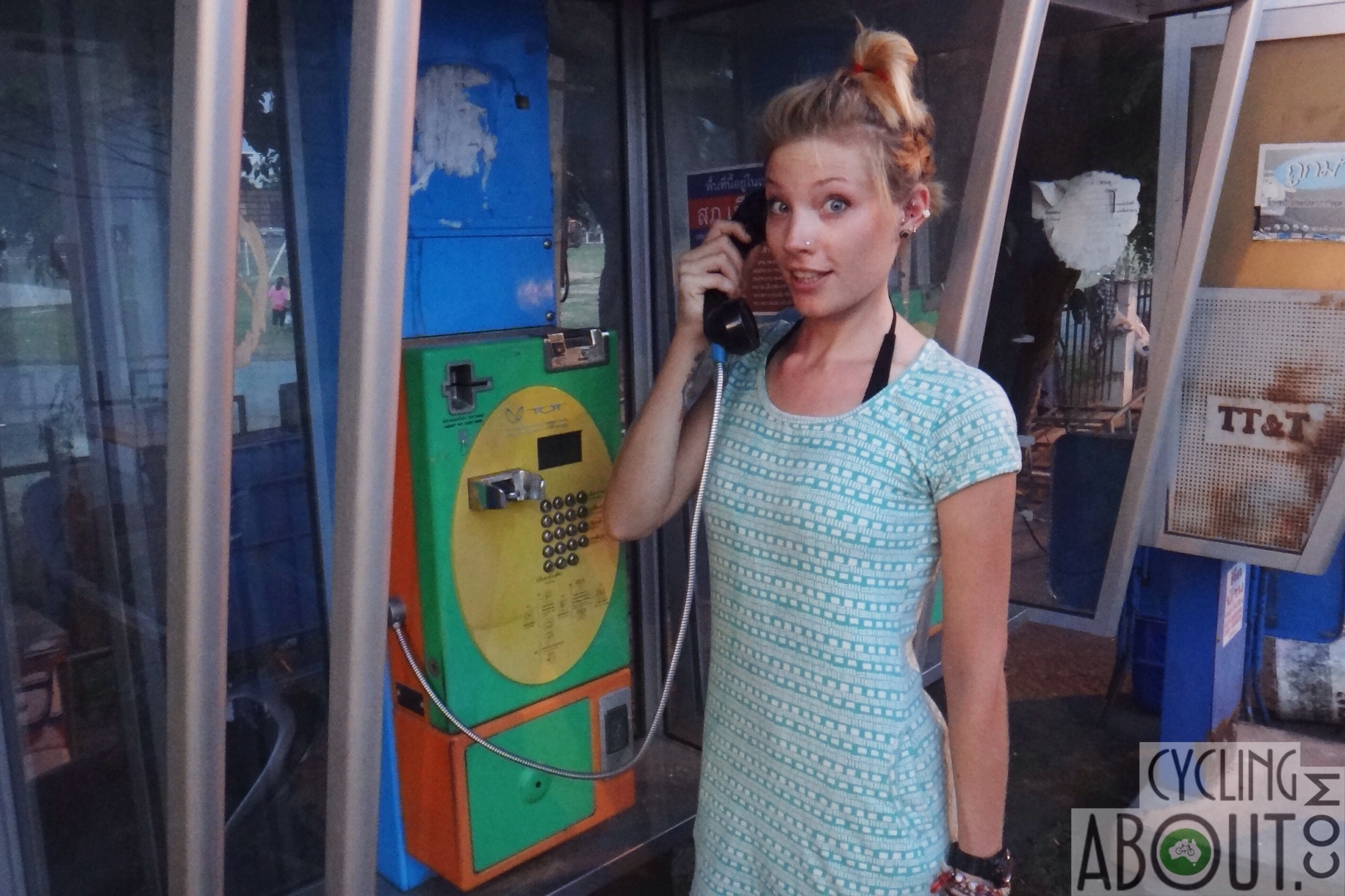 Alleykat_Kat phoning home from Thailand