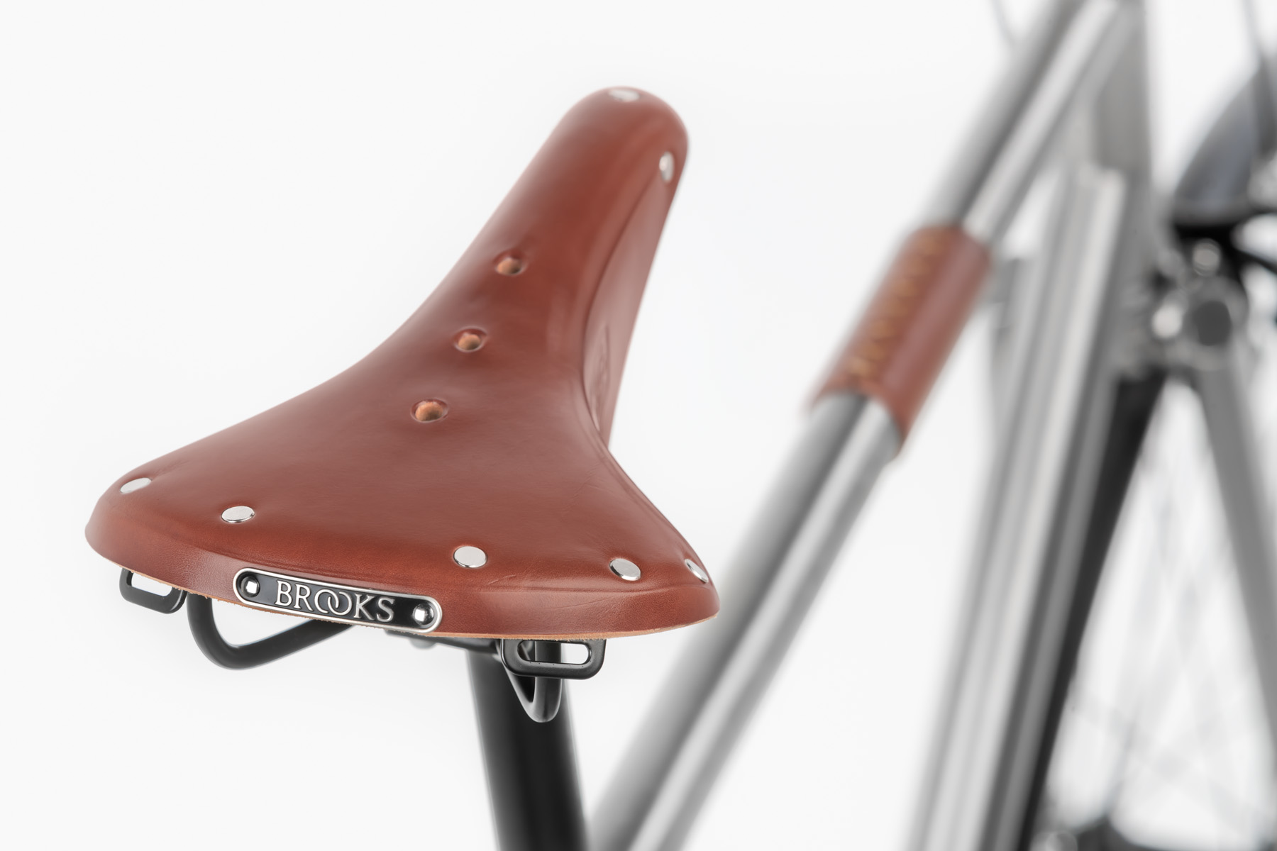 Nua Brooks saddle