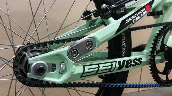 yess-carbon-drive2