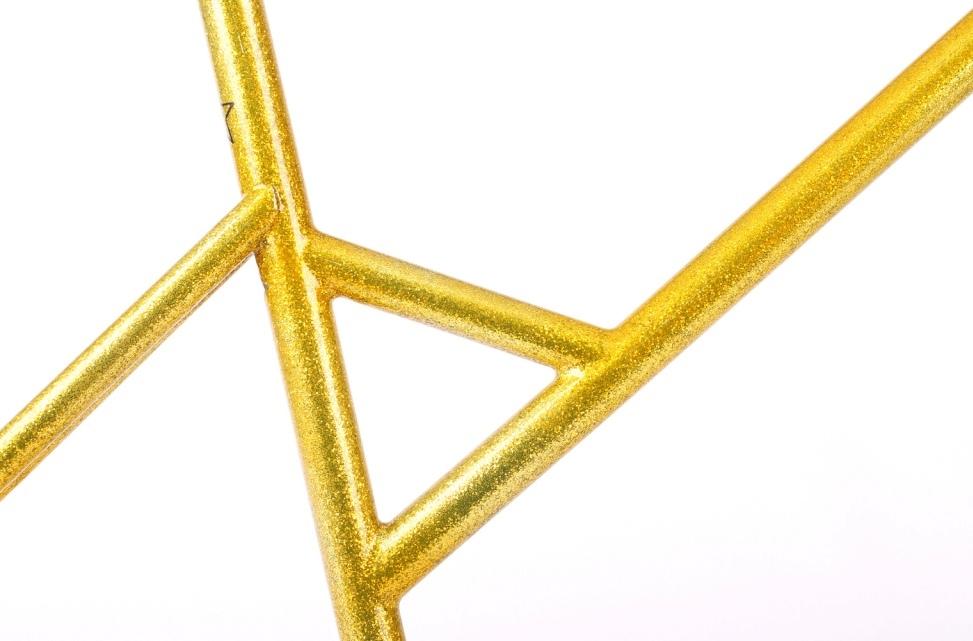 Arregui-Velasquez-Mini-Velo-triangle