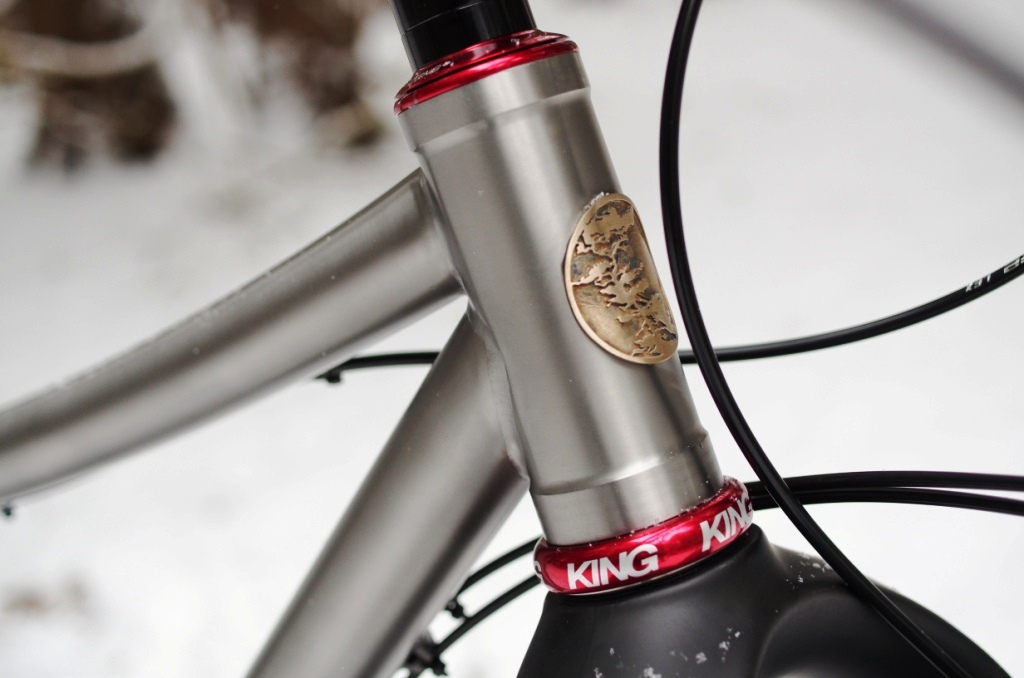 2True-North-snowbike-headbadge