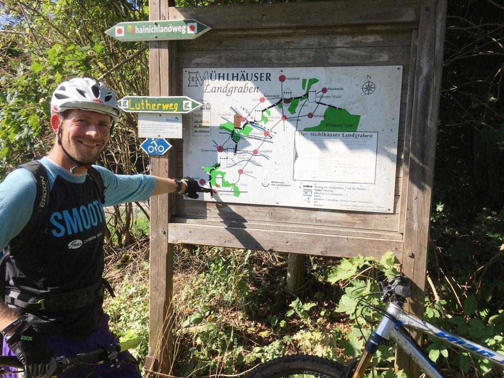Schneidi pointing the way into the Landgraben