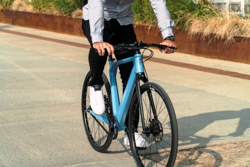 FIRM bike-Carla front