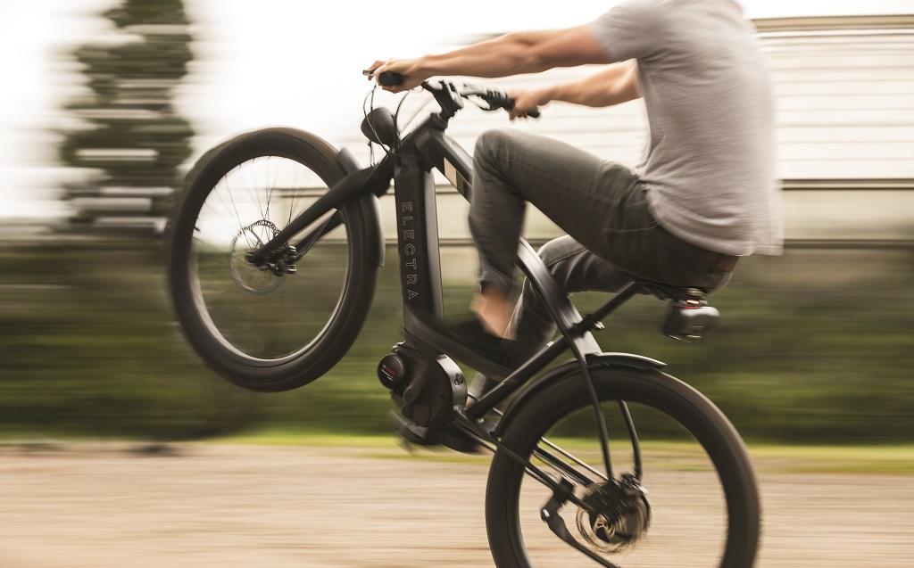 Cafe Moto Go-wheelie