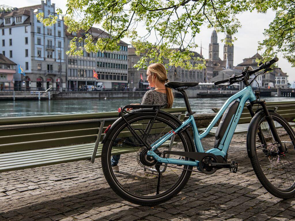 FLYER_E-Bikes_Urban_Upstreet5_Zurich_32